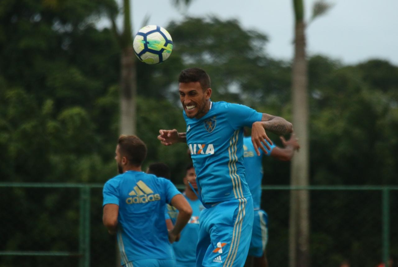 f9dc413140 ... Nome do atacante Rafael Marques foi publicado no BID na tarde desta  quarta-feira (Foto  Williams Aguiar Sport Club do Recife)