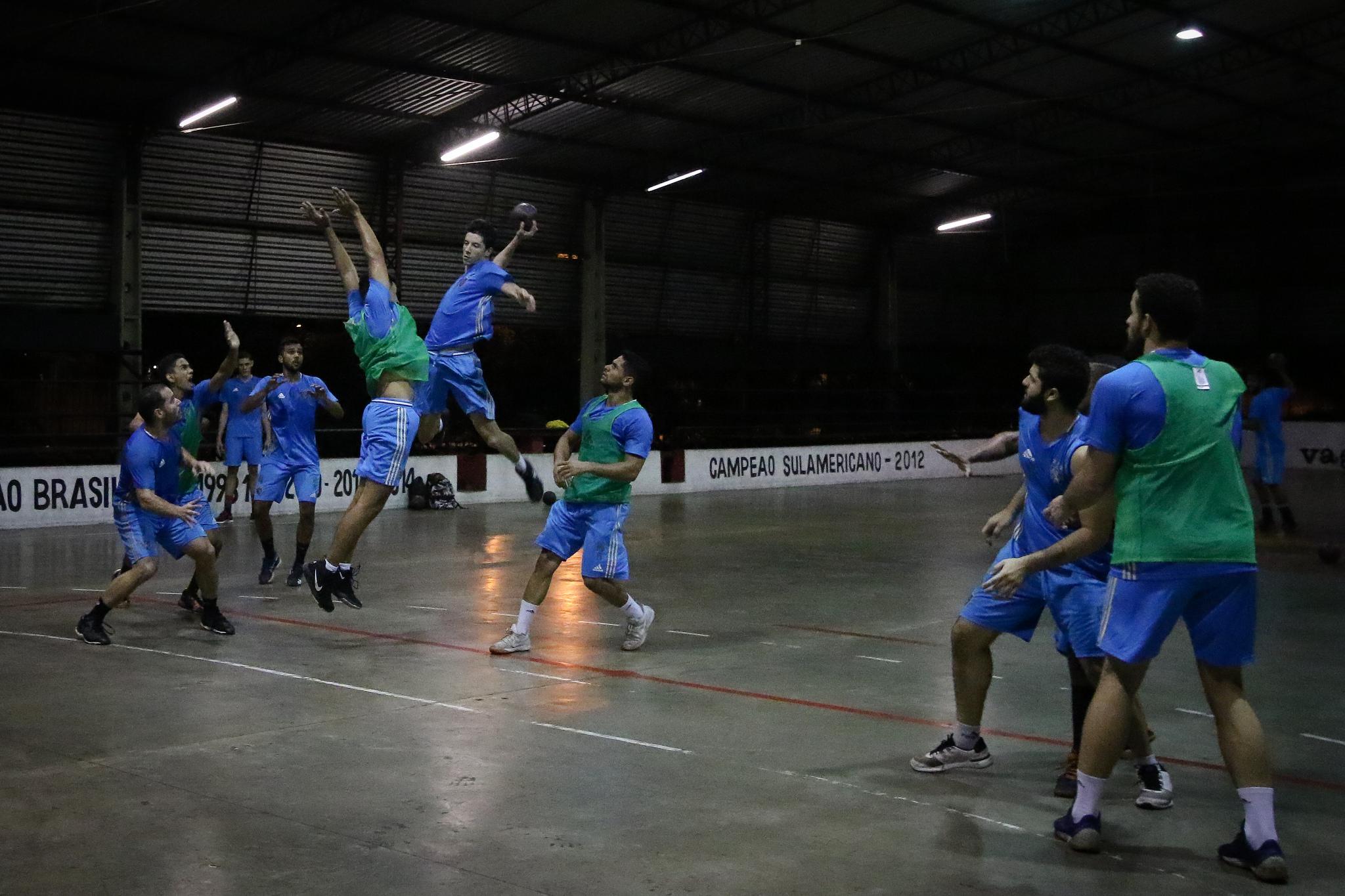 Handebol: Sport estreia com vitória na Liga Nacional