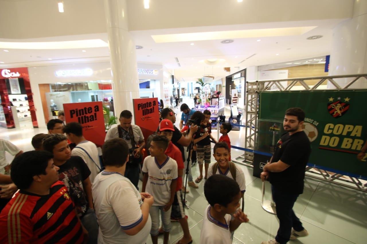 88875e18a1c ... A exposição ficará no piso L1 do Shopping RioMar até o dia 26 6 (Foto   Anderson Freire Sport Club do Recife)