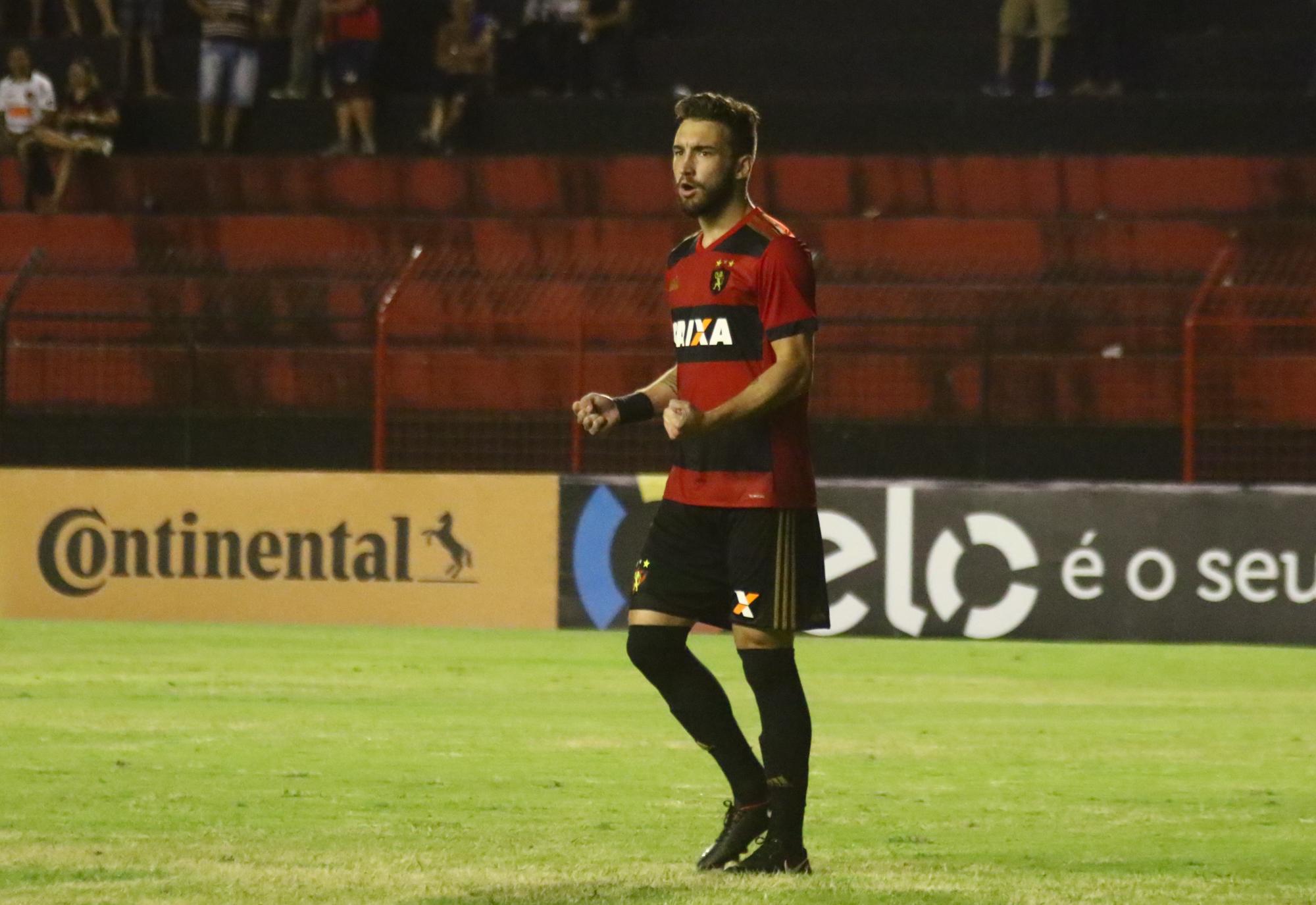 ... Leo Ortiz chegou ao Sport no início da temporada e fez 13 partidas até  agora 1fce058aaa679