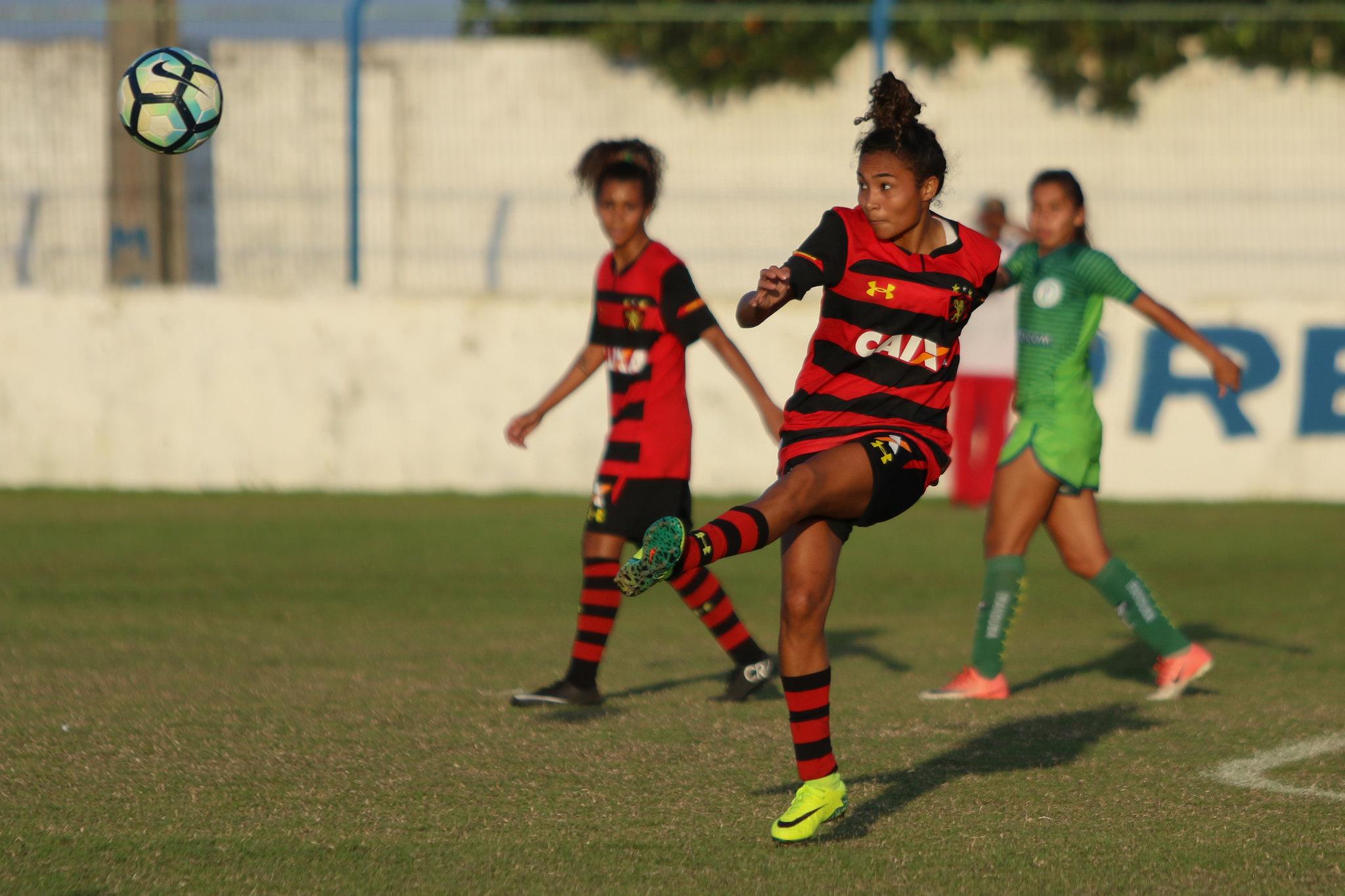 Leão na final do Pernambucano de Futebol Feminino