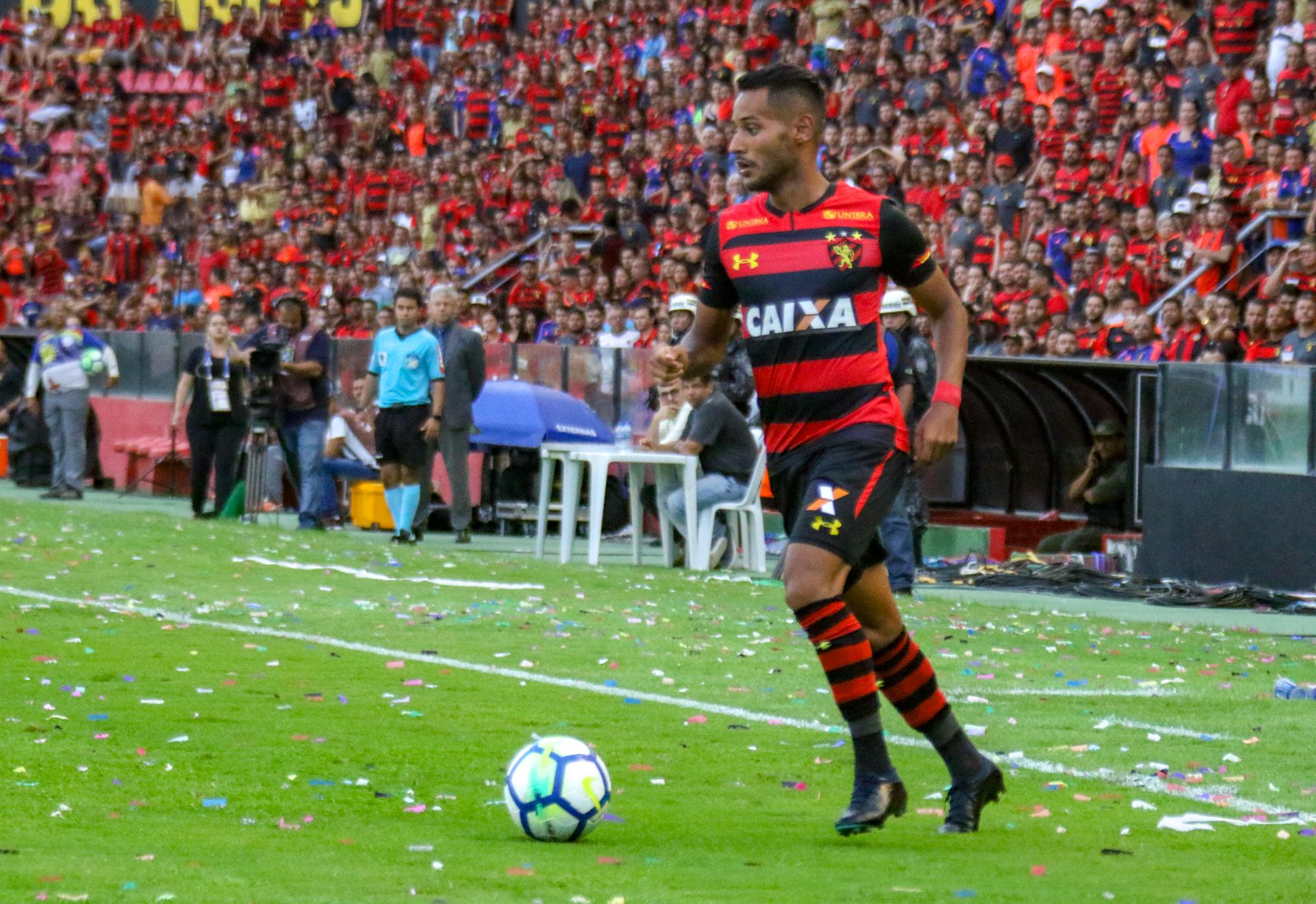 """""""Temos que deixar a vida em campo"""", diz Mateus Gonçalves"""