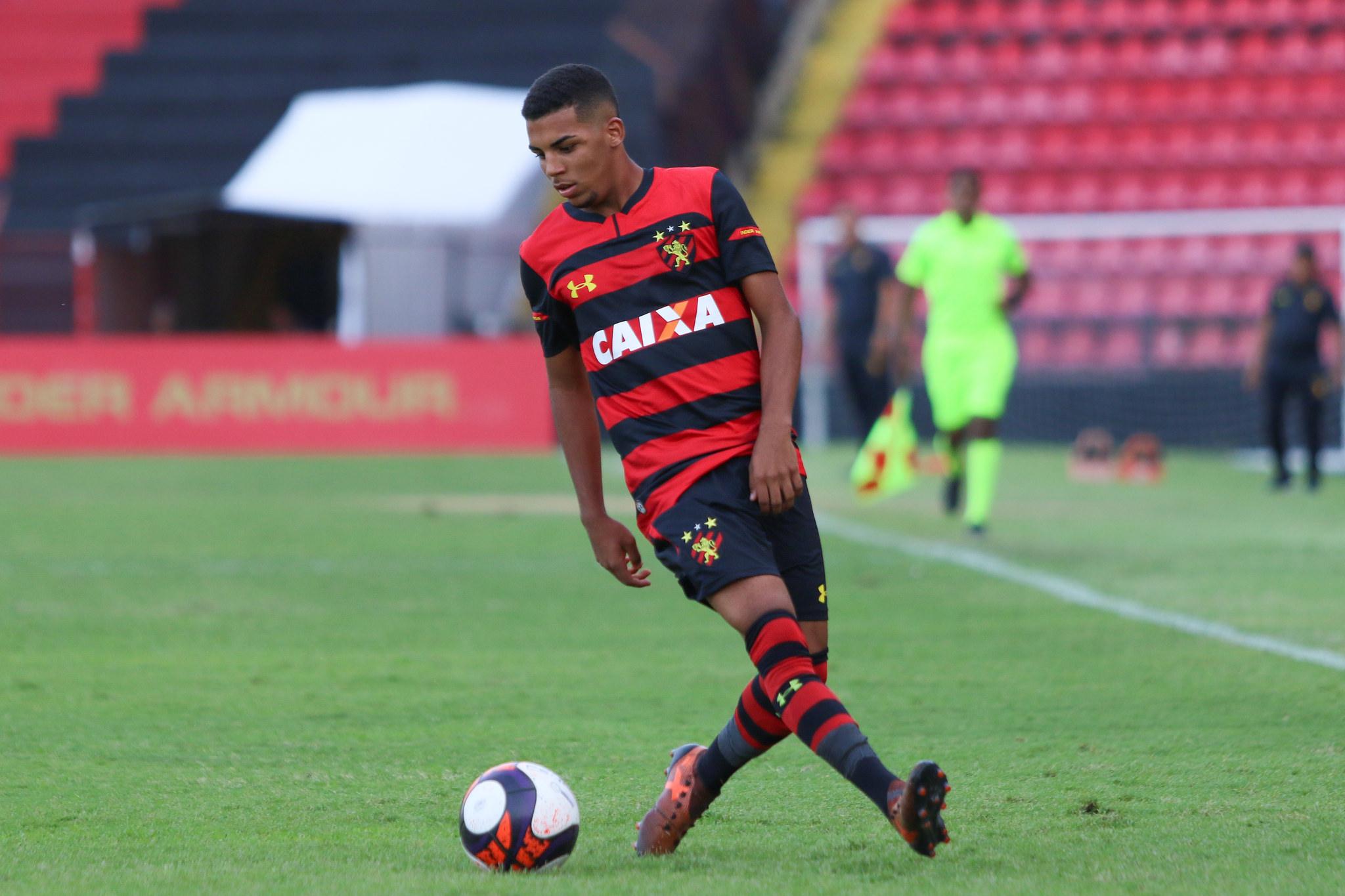 Sport vence Paraná e garante vaga na 2ª fase da Copa Votorantim